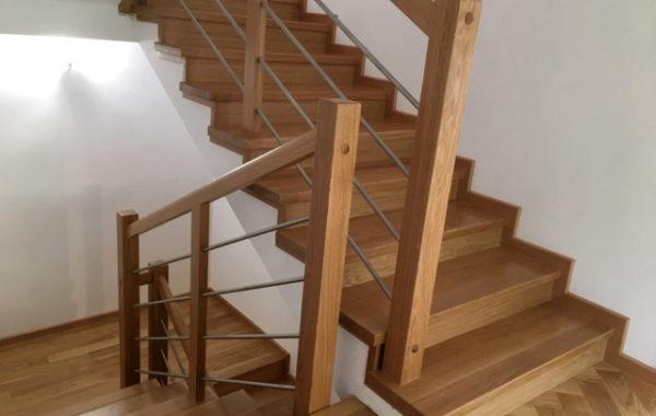 Montaż schodów, układanie, szlifowanie, polerowanie i malowanie parkietu
